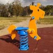 Un parco giochi tutto rinnovato