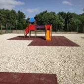 Trasformazione di un campo sportivo in parco giochi